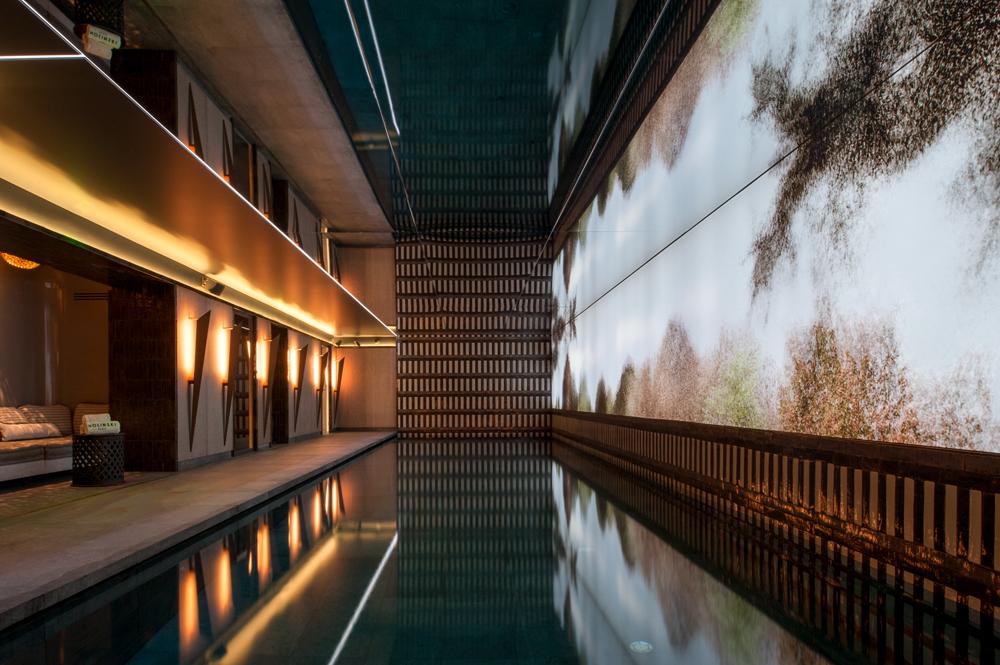 Quelles sont les plus belles piscines d'hôtel à Paris ?