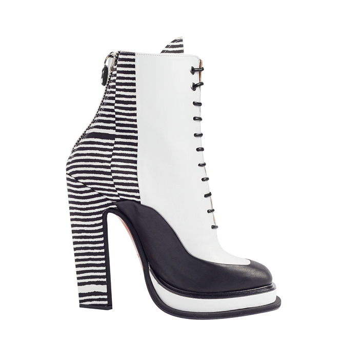 Leather boots, CARVEN.