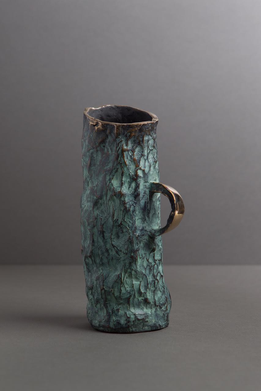 VaseAqua deJean Grisoni, bronze,26 cm.  Crédit photo: Thierry Malty