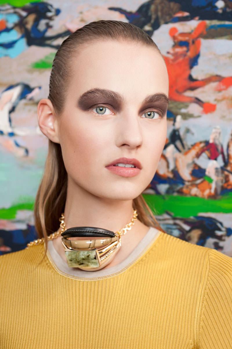 Le détail beauté de la collection Dior croisière 2017 : le fard bronze en aplat maxi
