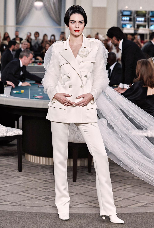 Le défilé Chanel haute couture automne-hiver 2015/2016