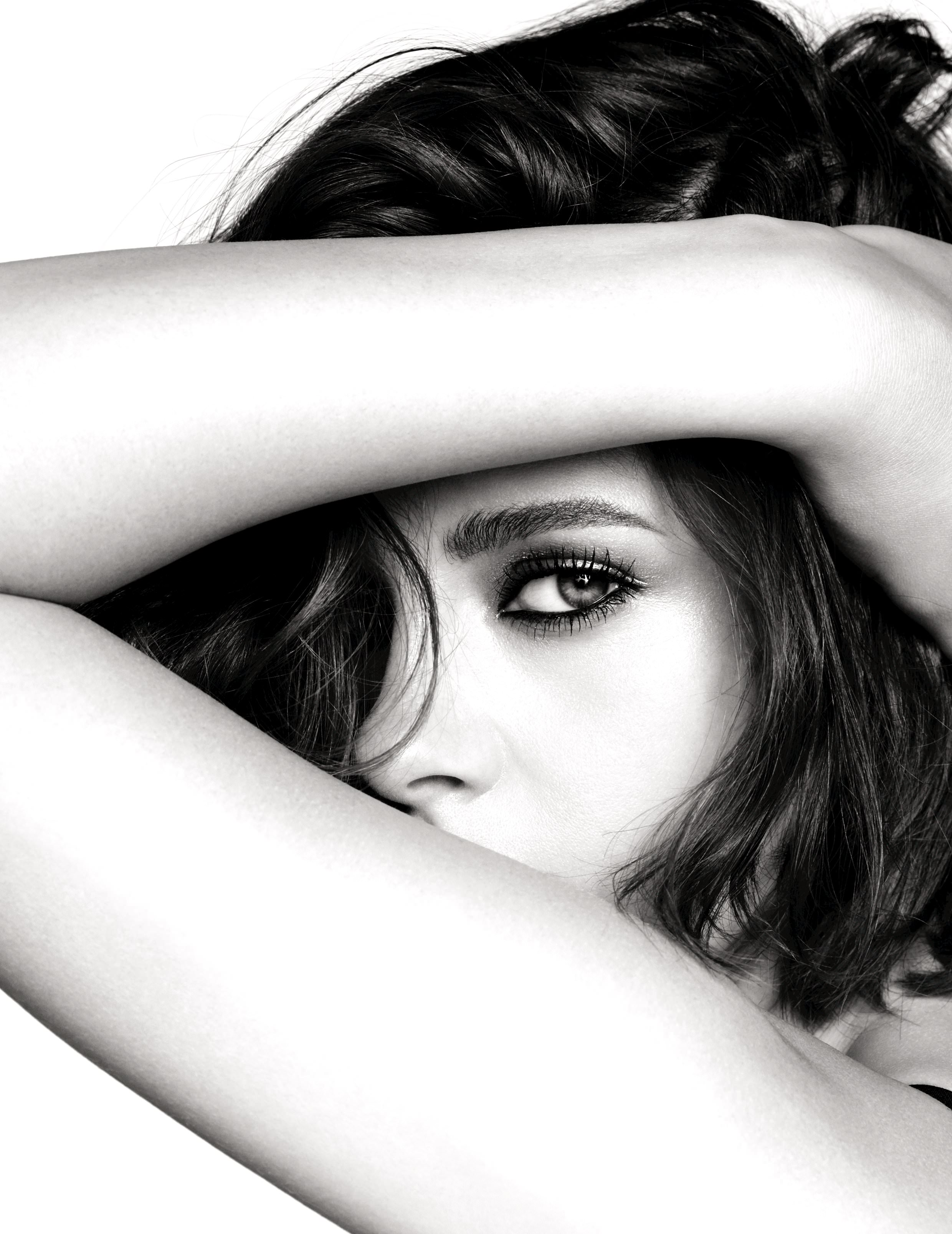 Kristen Stewart, the new face of Chanel's cosmetics