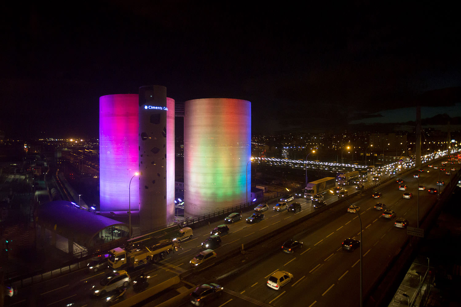 """SolarWind"", Laurent Grasso's technical and visually monumental prowess at Paris's gates"