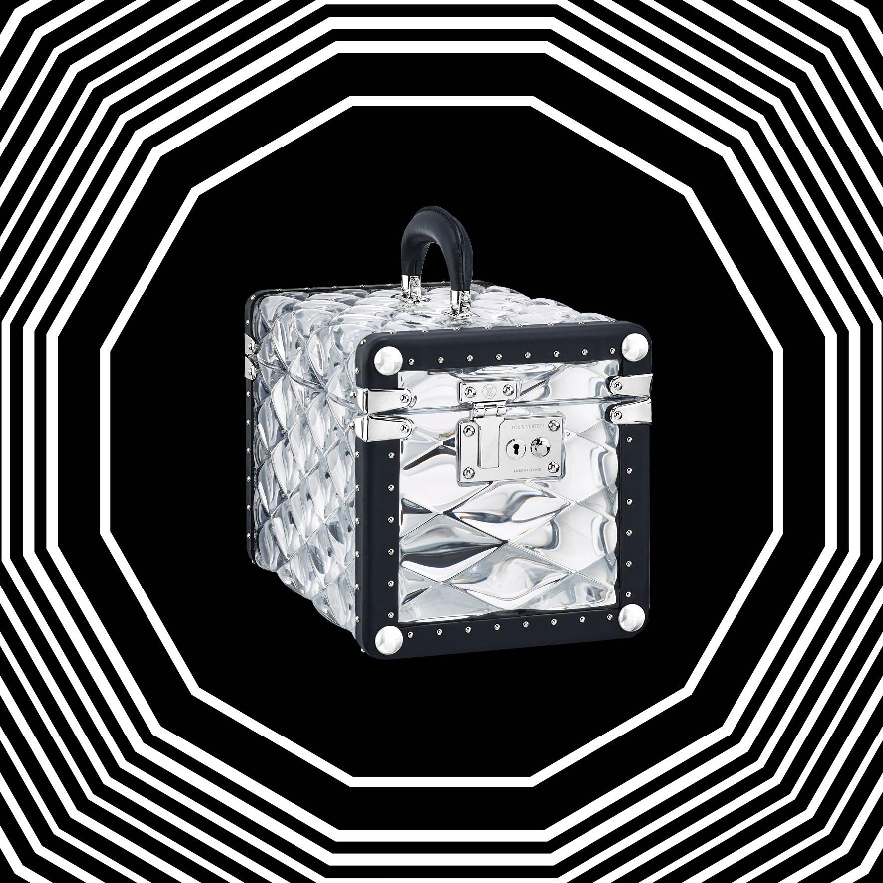 """L'objet fétiche de la semaine: la boîte """"Promenade"""" de Louis Vuitton par Nicolas Ghesquière"""
