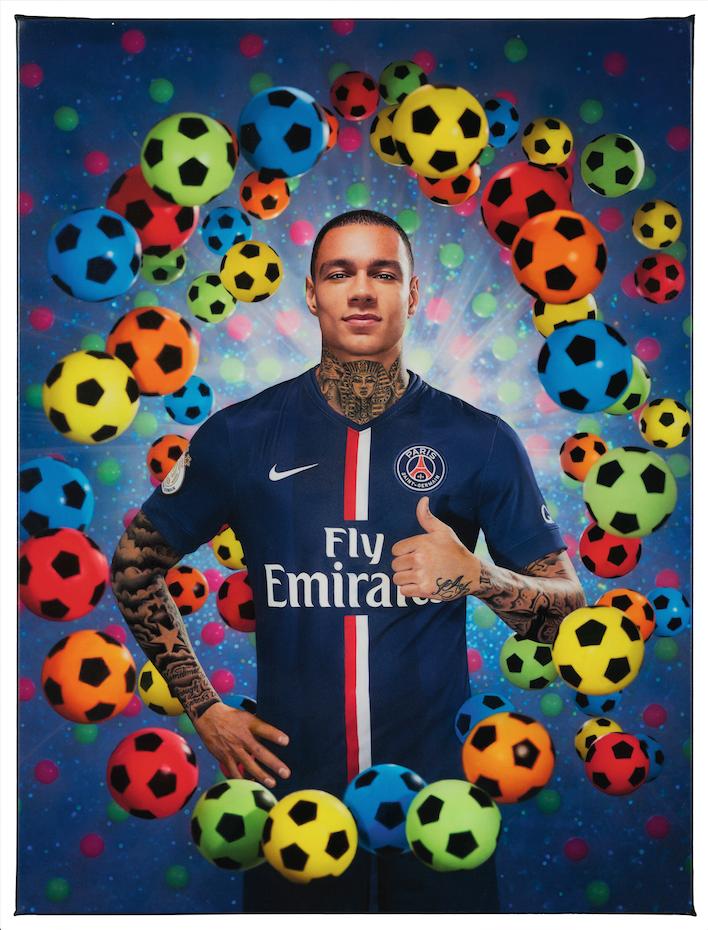 L'ascension de Gregory van der Wiel, footballeur du Paris Saint-Germain, photographié par Pierre et Gilles