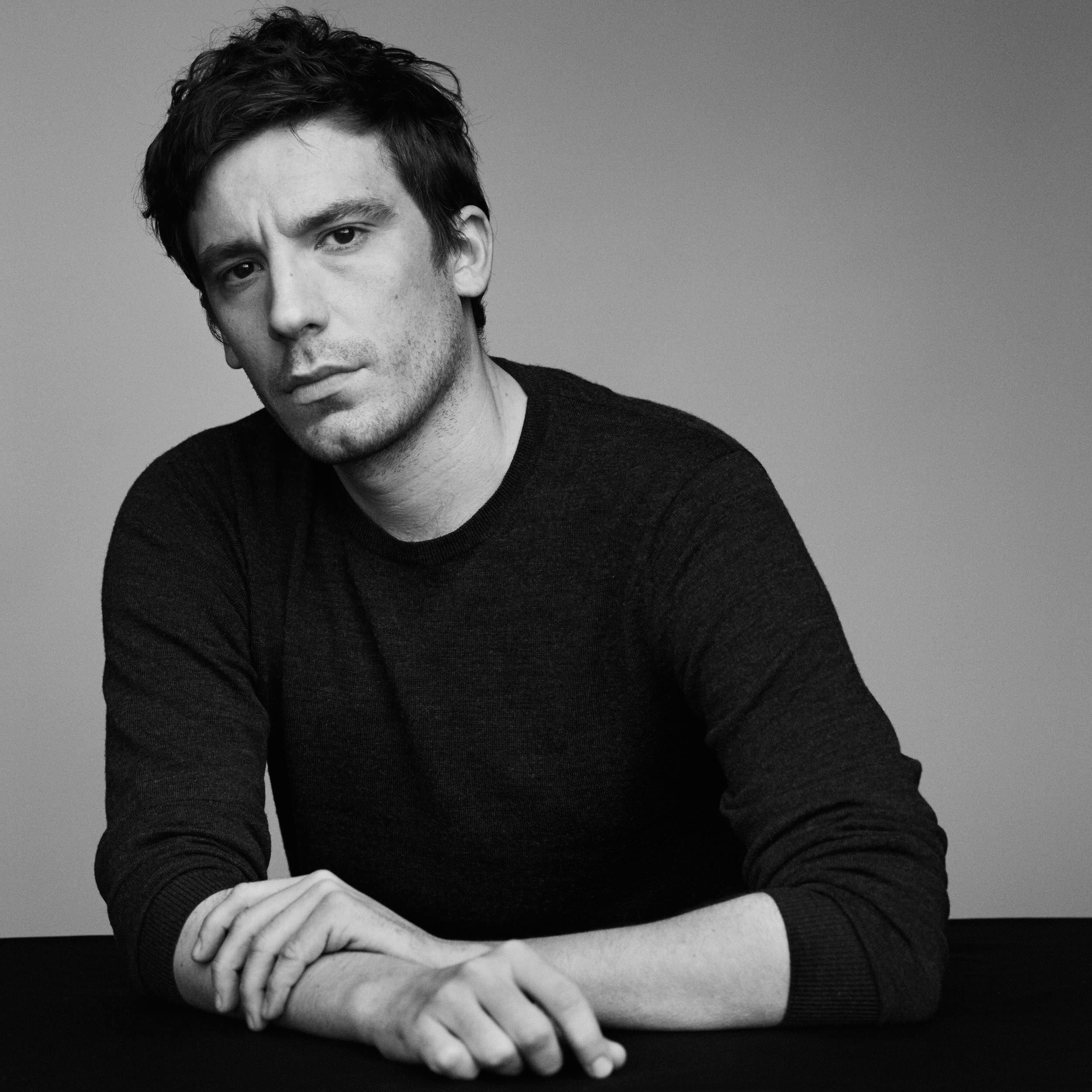 """""""Rompre avec la nostalgie et avancer avec son époque"""", Julien Dossena confie sa vision de Paco Rabanne"""