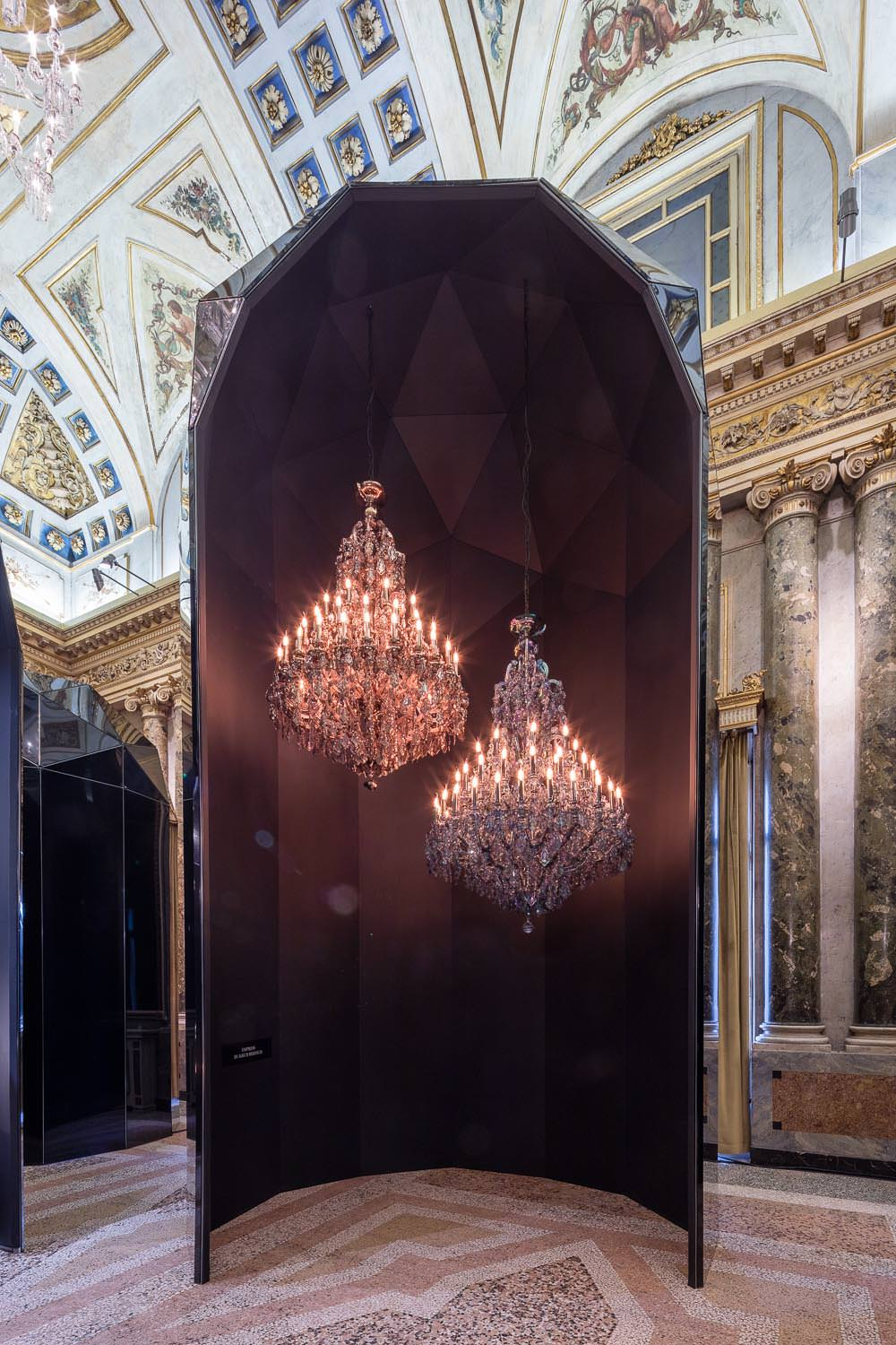 fantastic and monumental the lasvit light presentation at the milan furniture fair num ro. Black Bedroom Furniture Sets. Home Design Ideas