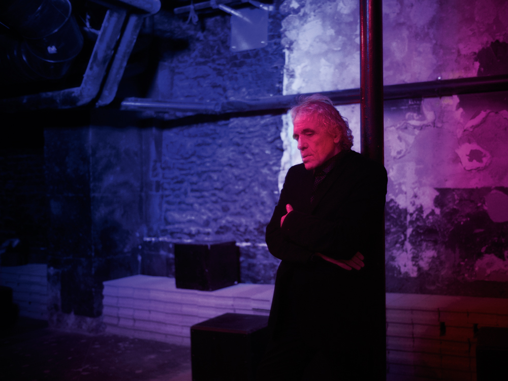 The director Abel Ferrara, from darkness to light