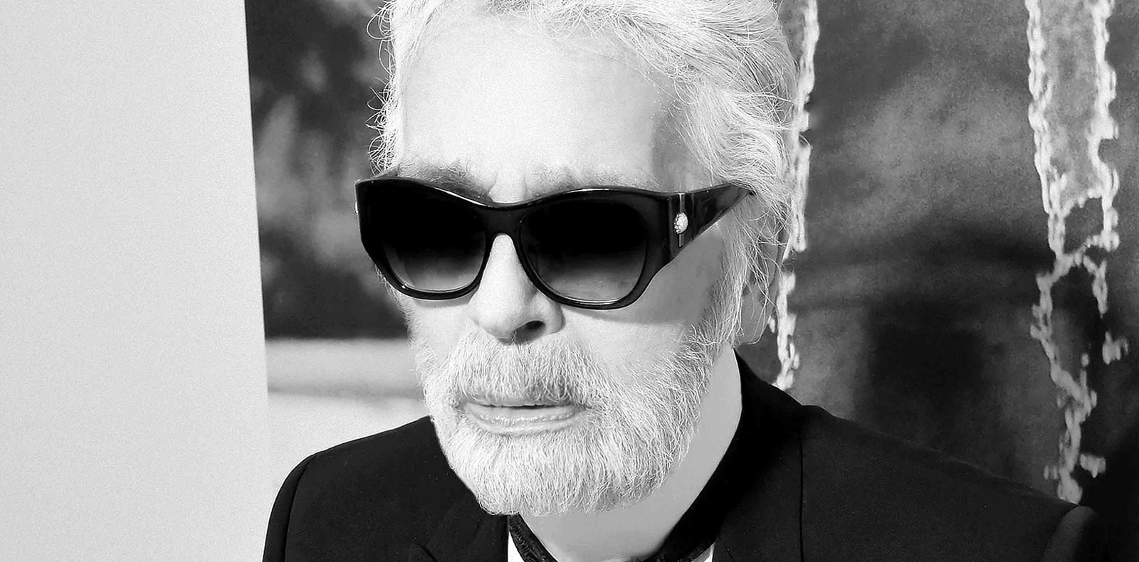 """""""All the other designers hate me..."""" Karl Lagerfeld gets ready to tell all"""