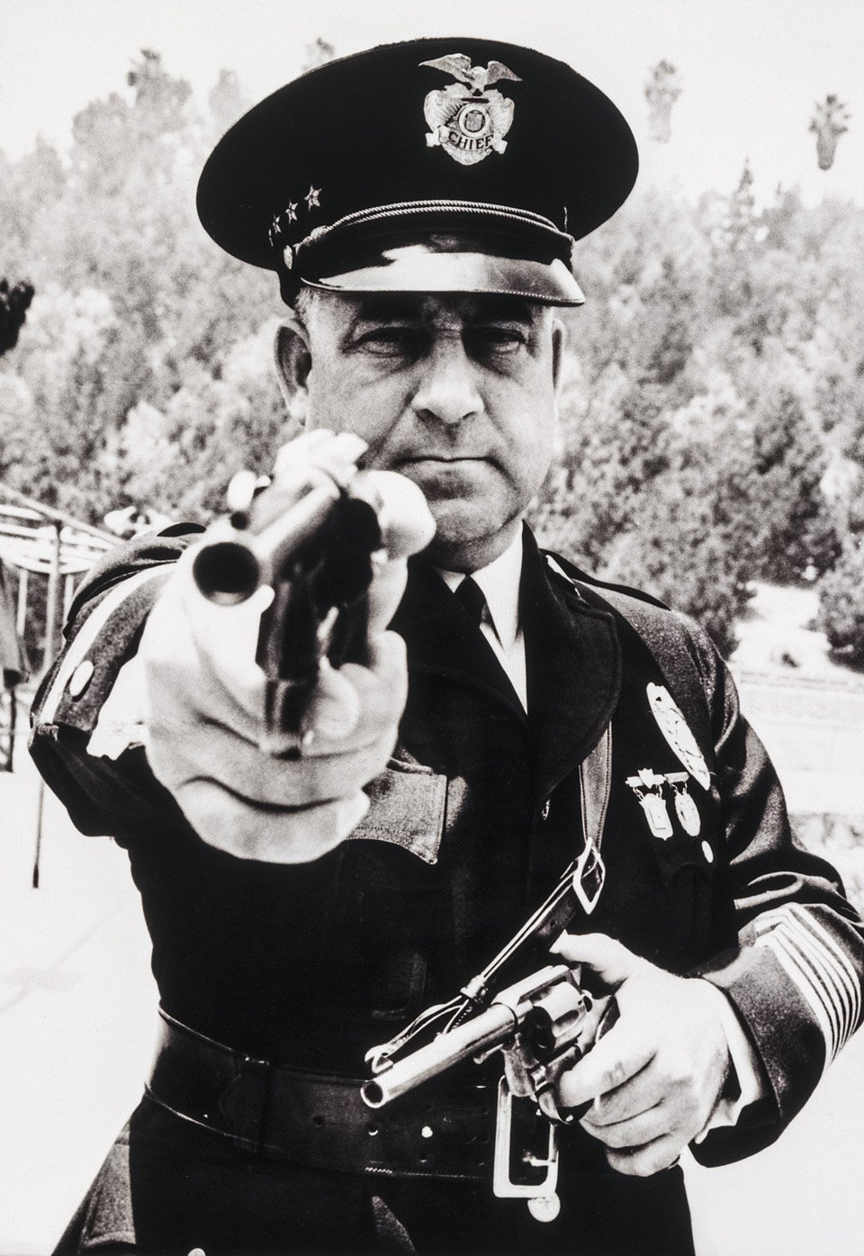 p.132, James Davis, alias « Two Gun », était l'emblème de la corruption au sein de la police de Los Angeles, 1937. Copyright Cliff Wesselmann Photo Courtesy of Gregory Paul Williams, BL Press LLC/TASCHEN.