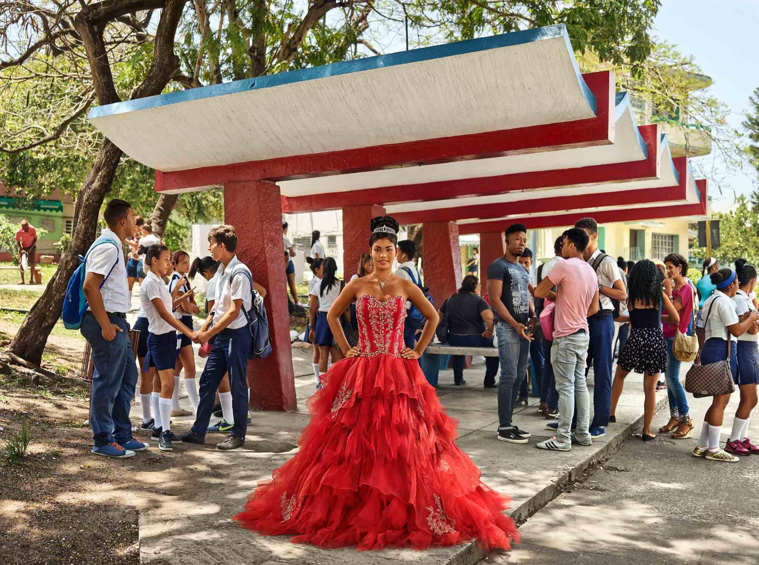 Frank Thiel, Arlett Acosta Fajardo, La Habana, Marianao, Santa Felicia, 2016, Courtesy the artist and BlainSouthern