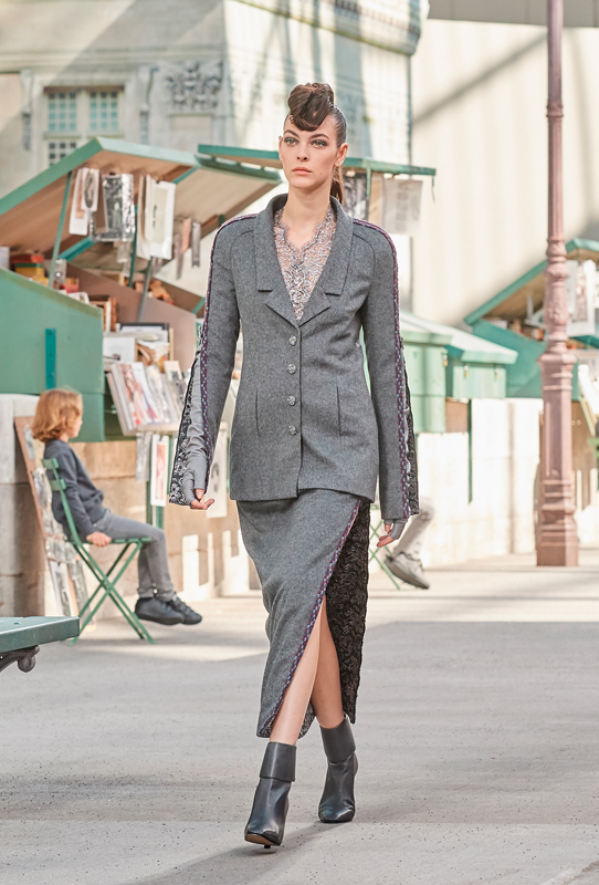 Chanel Haute Couture Fall Winter 2018 2019 Fashion Show
