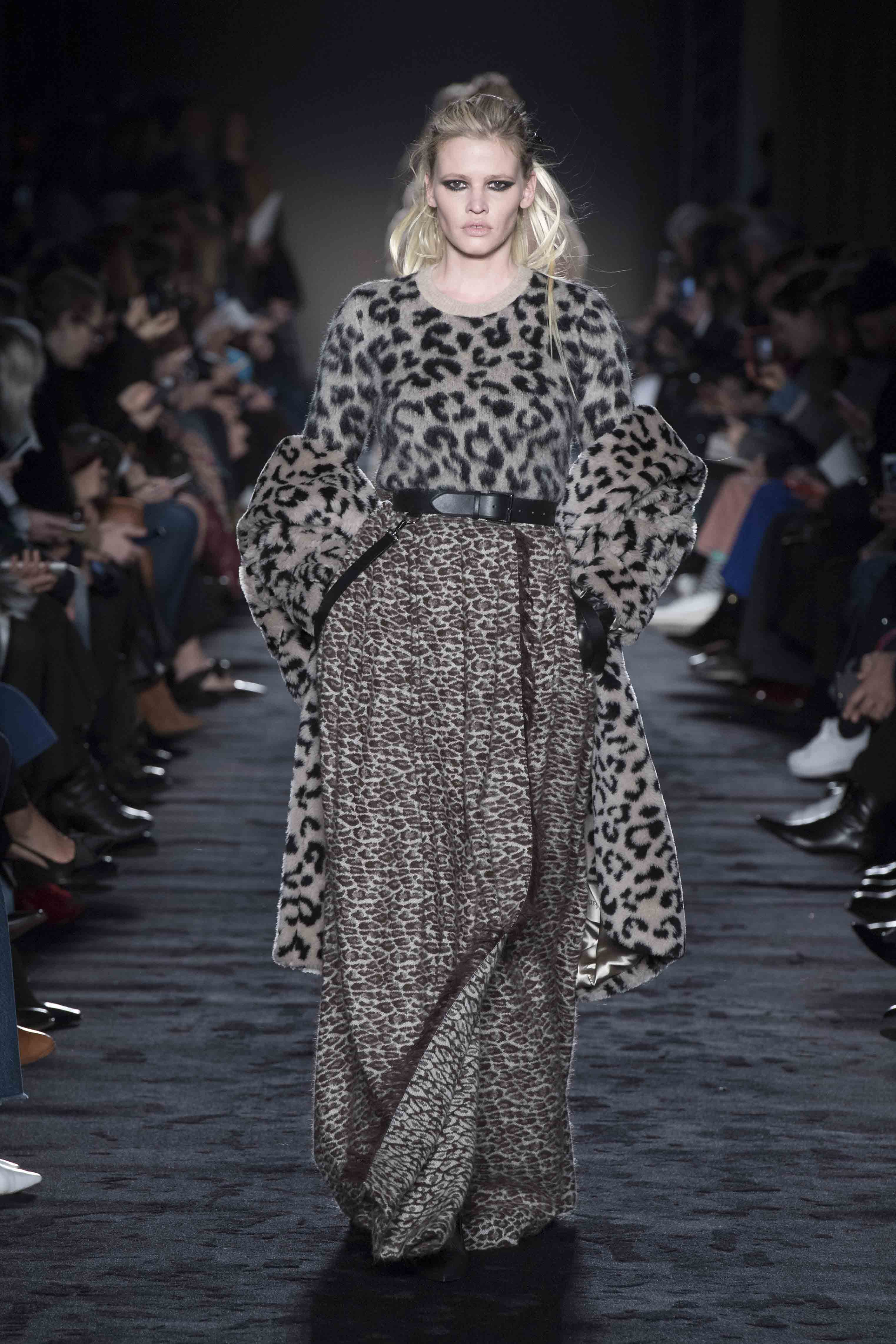 Max Mara fall-winter 2018-2019 fashion show