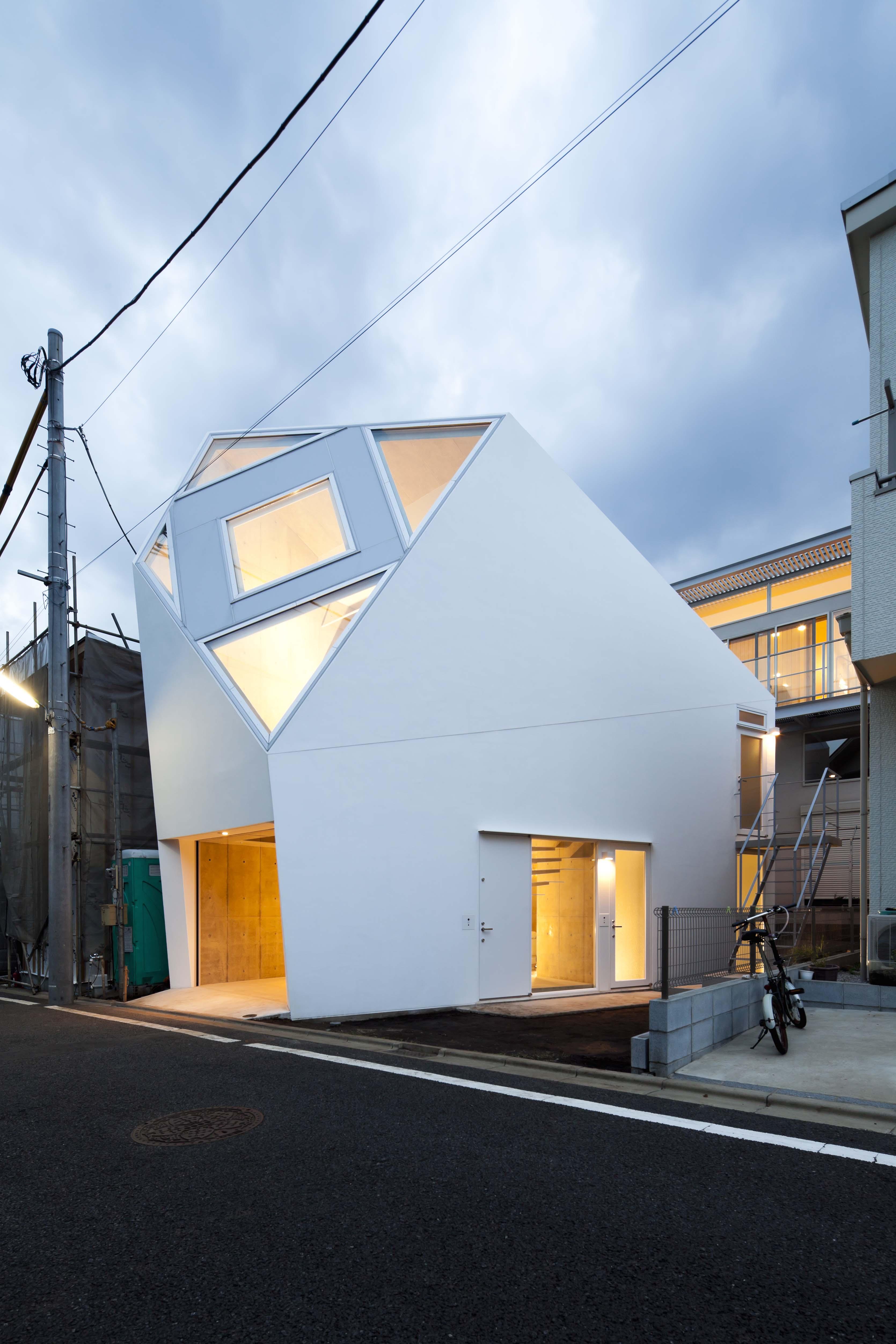 Yasuhiro Yamasita & Azusa Ishii (Atelier Tekuto), Monoclinic, Tokyo, 2012