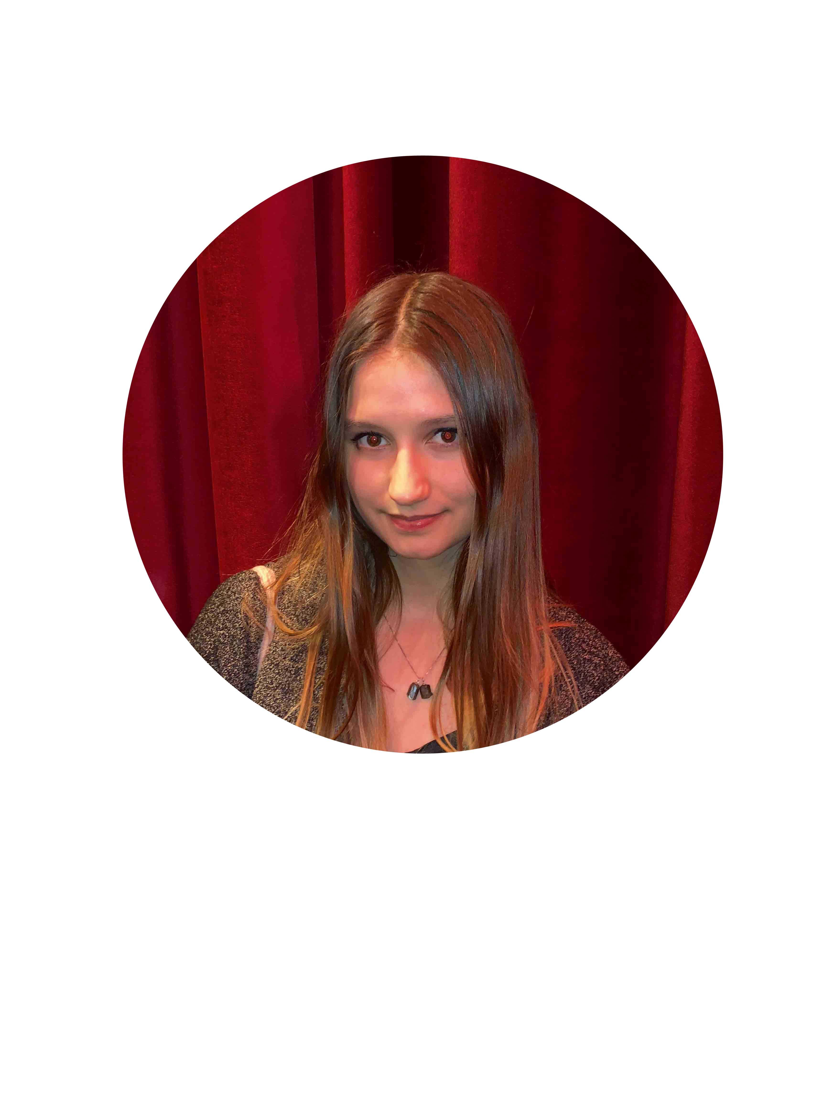 """Juliane Joustard (Étudiante) : """"Un paradoxe."""""""