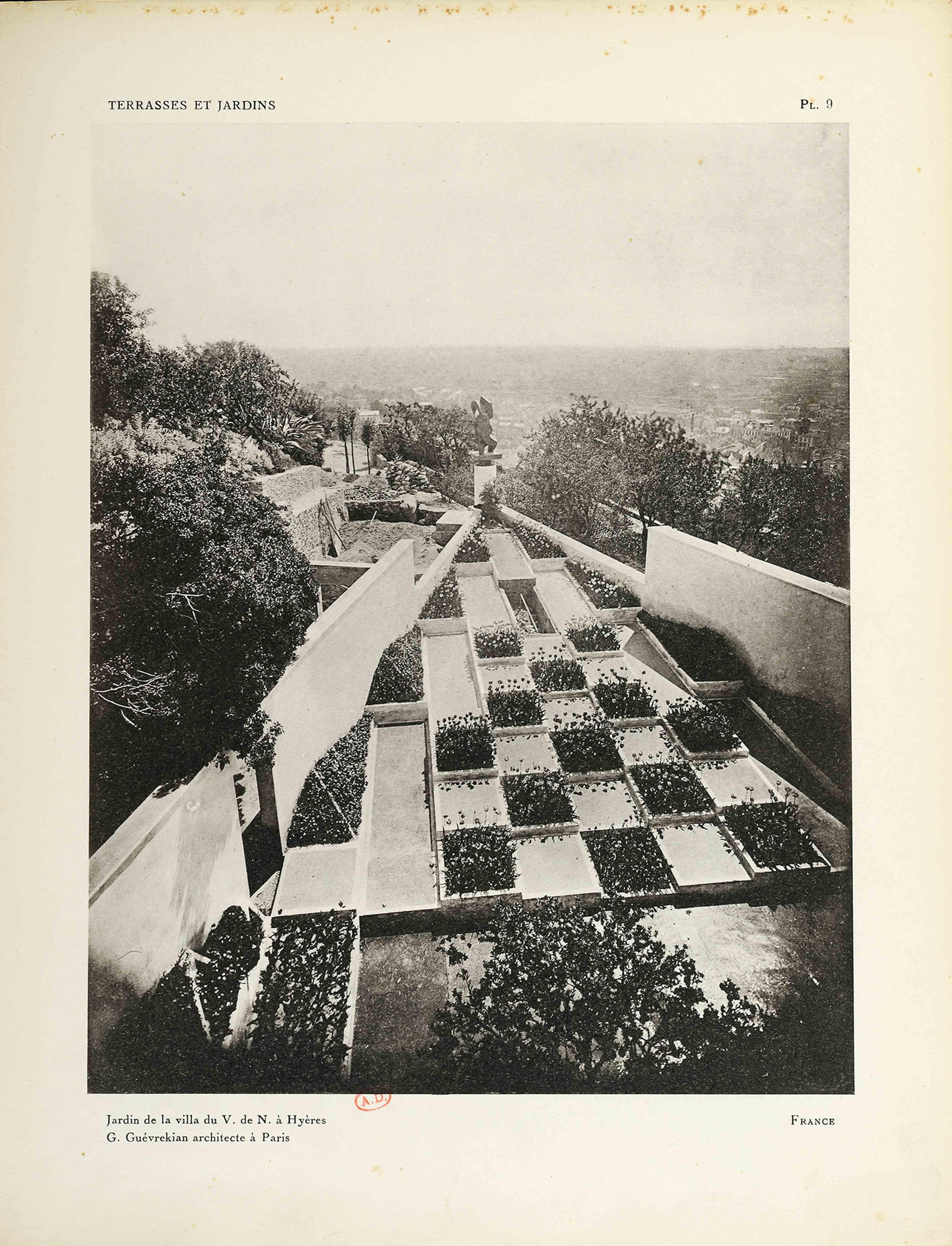 Gabriel Guévrékian, Jardin de la villa Noailles, 1926-1928