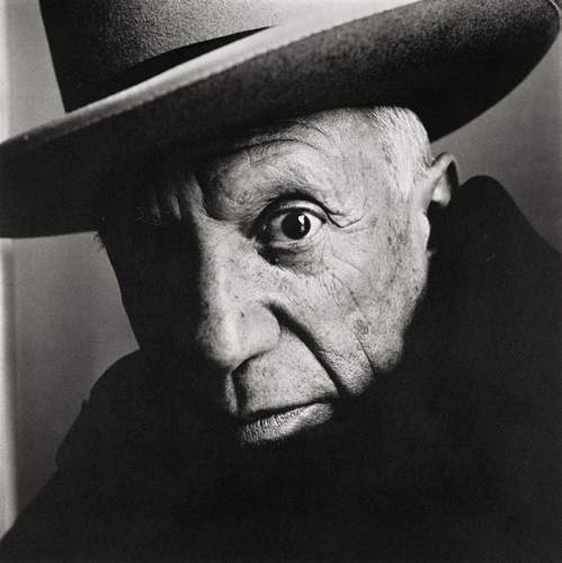 Crédit photo : Irving Penn (American, 1917 – 2009) Pablo Picasso at La Californie, Cannes, 1957 Platinum - palladium print, 1985 18 ⅝ × 18 ⅝ in. (47.3 × 47.3 cm) The Metropolitan Museum of Art, New York Promised Gift of The Irving Penn Foundation © The Irving Penn Foundation
