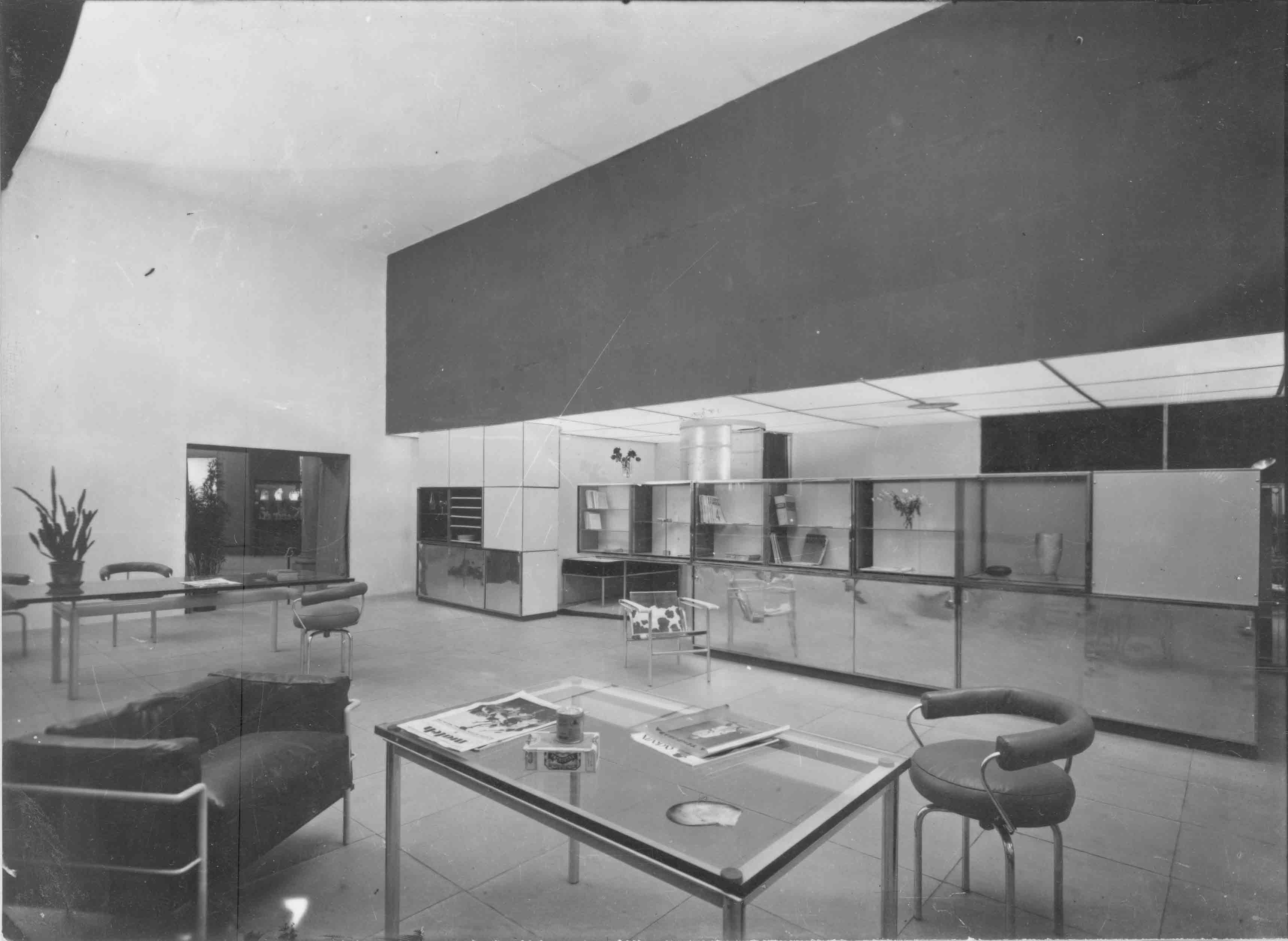 Le Corbusier, Pierre Jeanneret, Charlotte Perriand, Stand équipement intérieur d'une habitation, 1929