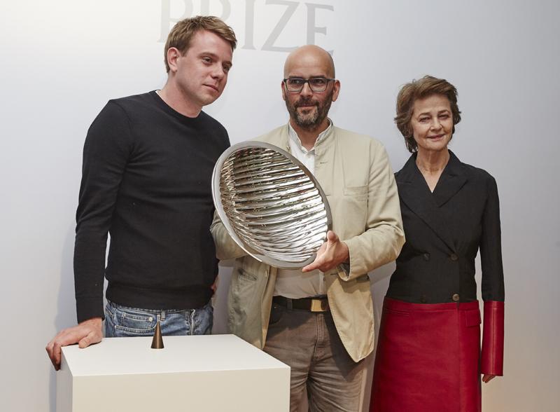 Jonathan Anderson, le gagnant Ernst Gamperl et Charlotte Rampling