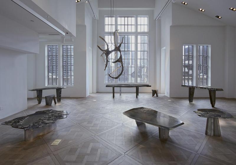 """Installation de l'exposition """"Archeo Black"""" à la Carpenters Workshop Gallery de New York. Crédit Carpenters Gallery"""