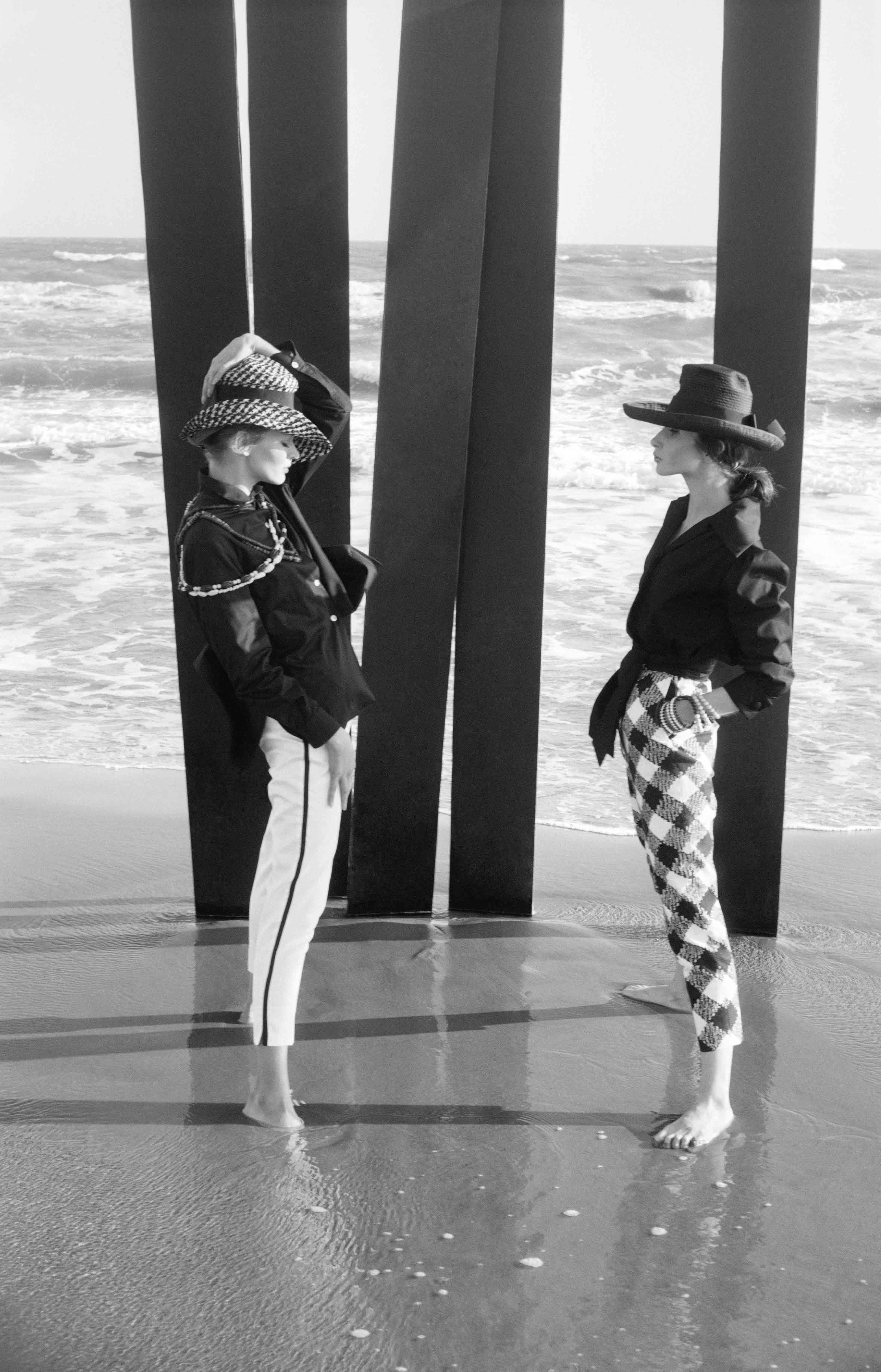 Pour Elle, Saintes Marie de la Mer, 1960 - Copyright Peter Knapp