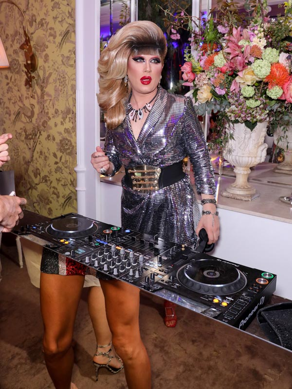 Jodie Harsh