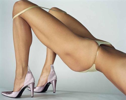 Crédit photo : Mario Testino, Vogue Italia, Paris, 2000 © Mario Testino