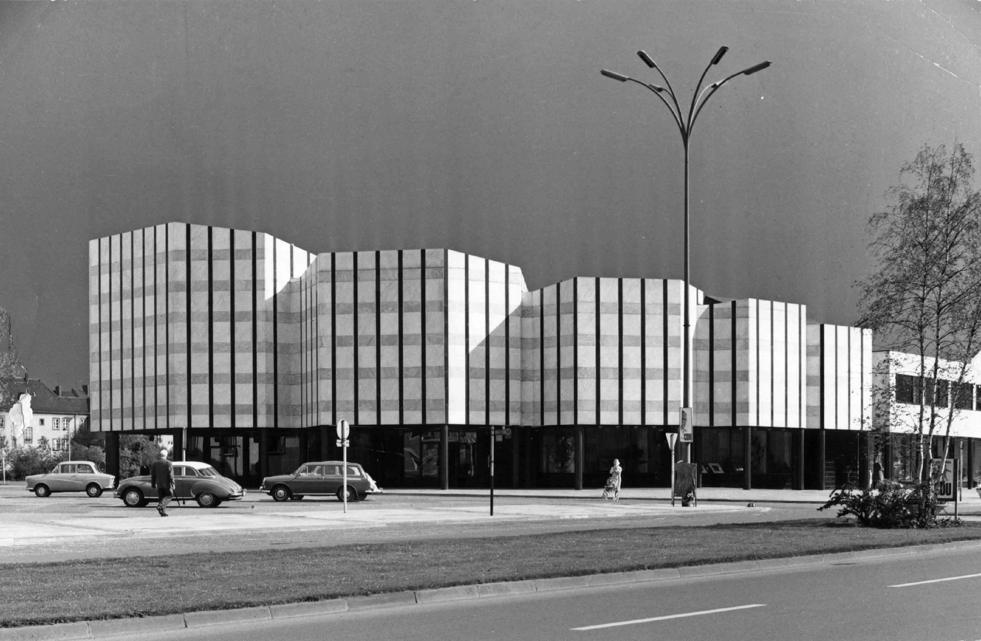 Centre culturel, Wolsfburg ©Alvar Aalto Museum, photo Leonardo Mosso, VG Bild-Kunst, Bonn, 2014