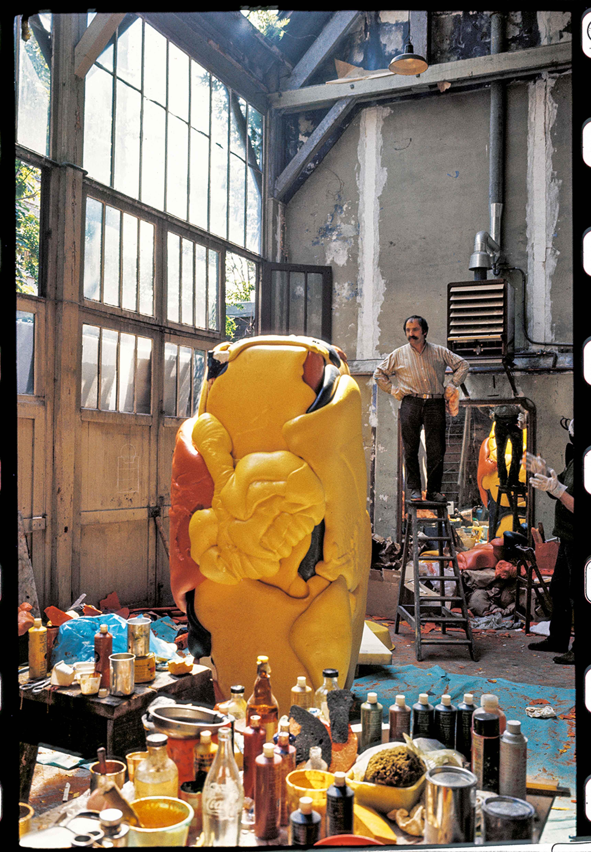 CÉSAR - Atelier de la rue Lhomond, 1967 © Michel Delluc