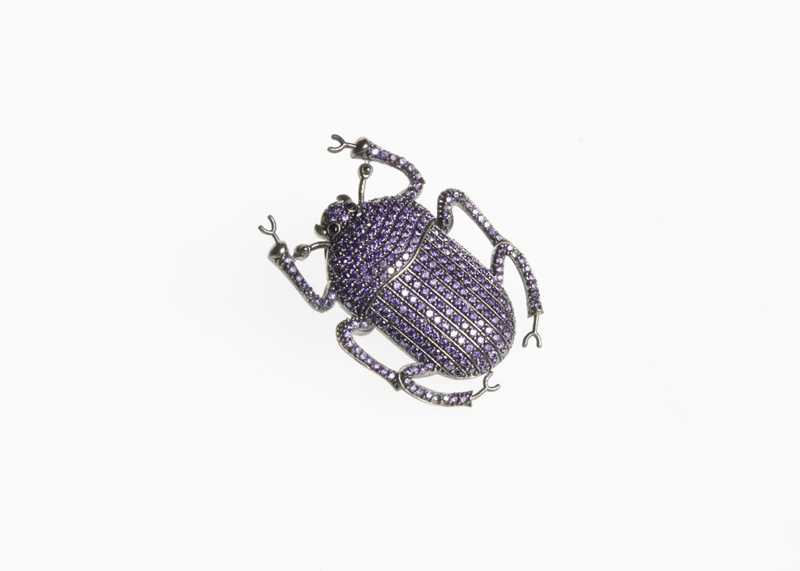 Pharaon Pin Purple, BEGÜM KHAN