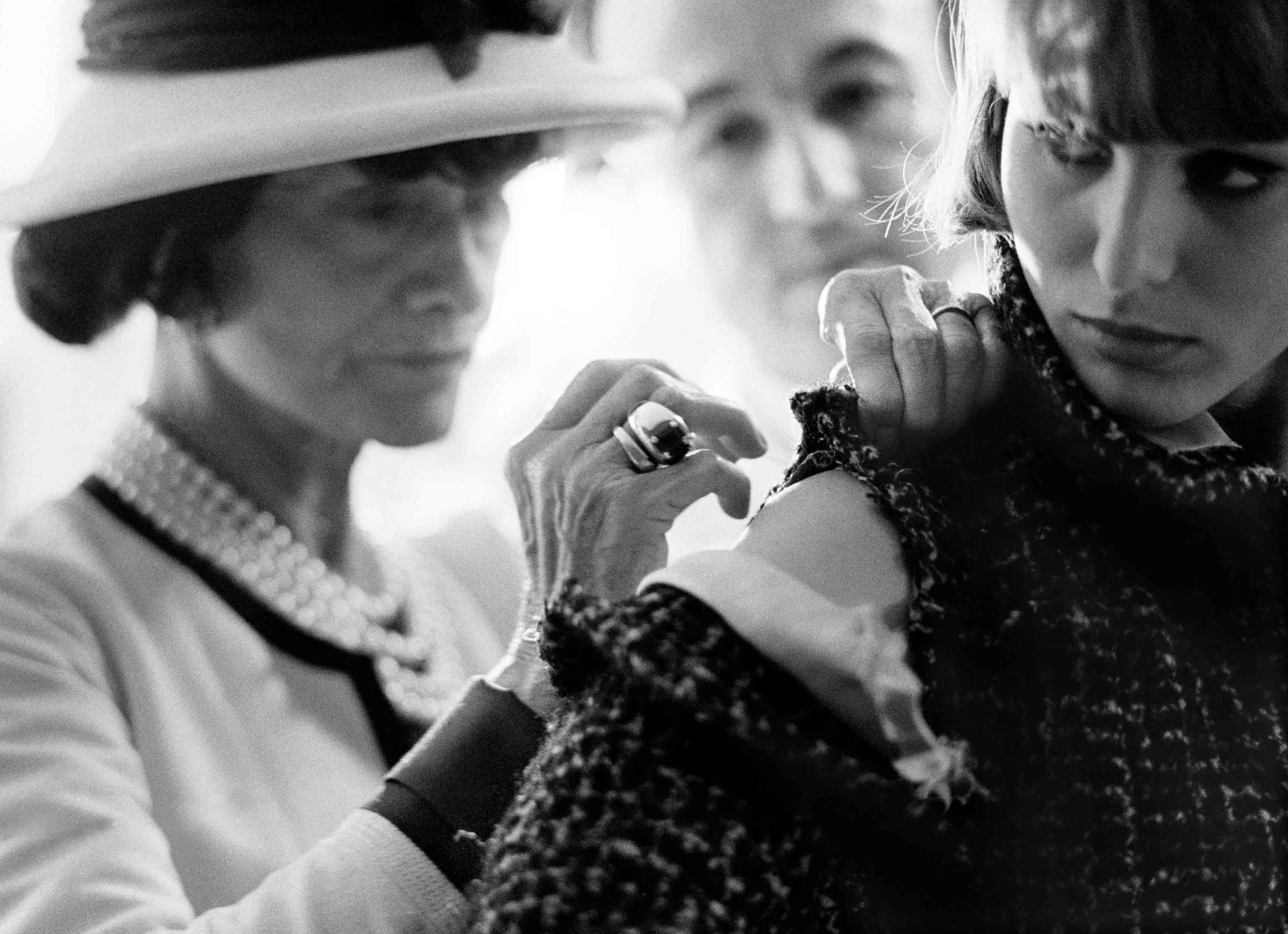 """Coco Chanel"" (1962), Douglas Kirkland"