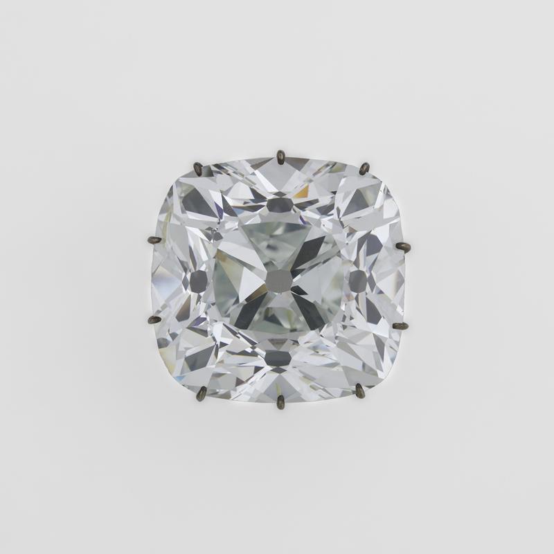 Diamant, dit « Le Régent » (140,64 carats métriques). Paris, musée du Louvre, département des Objets d'Art, MV 1017 © RMN-Grand Palais (musée du Louvre) / Stéphane Maréchalle.