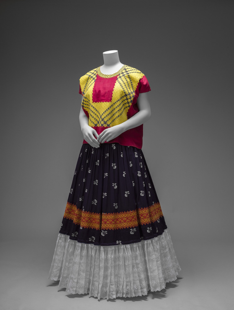 Cotton huipil with machine-embroidered chain stitch; printed cotton skirt with embroidery and holán. Ensemble from the Isthmus of Tehuantepec. Photograph Javier Hinojosa. © Diego Riviera and Frida Kahlo Archives, Banco de México, Fiduciary of the Trust of the Diego Riviera and Frida Kahlo Museums.
