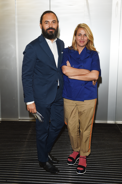 Alberto Zontone et Patricia Urquiola à l'inauguration de la Torre à la Fondazione Prada le 18 avril 2018 à Milan, Italie. (Photo by Stefania M. D'Alessandro/Getty Images for Fondazione Prada)