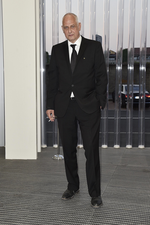 Luc Tuymans à l'inauguration de la Torre à la Fondazione Prada le 18 avril 2018 à Milan, Italie. (Photo by Pietro D'Aprano/Getty Images for Fondazione Prada)