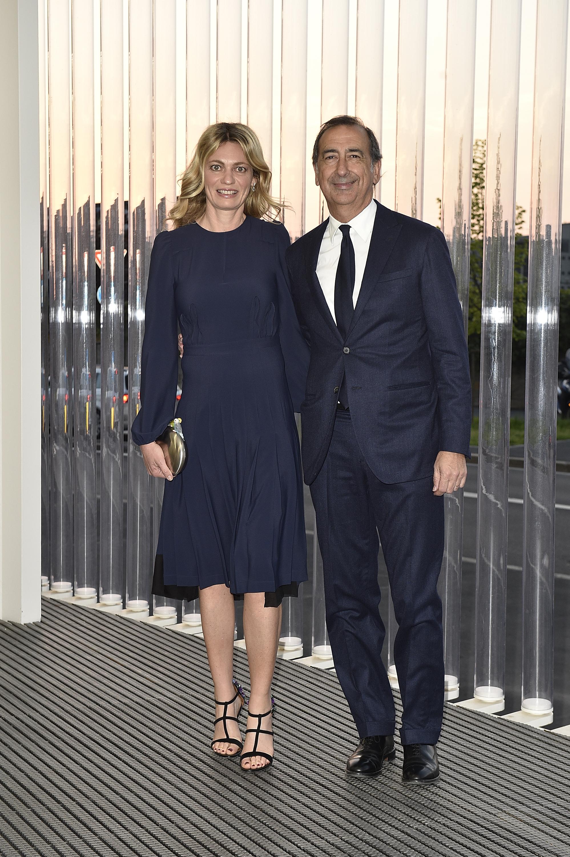 Chiara Bazoli et Giuseppe Sala à l'inauguration de la Torre à la Fondazione Prada le 18 avril 2018 à Milan, Italie. (Photo by Pietro D'Aprano/Getty Images for Fondazione Prada)
