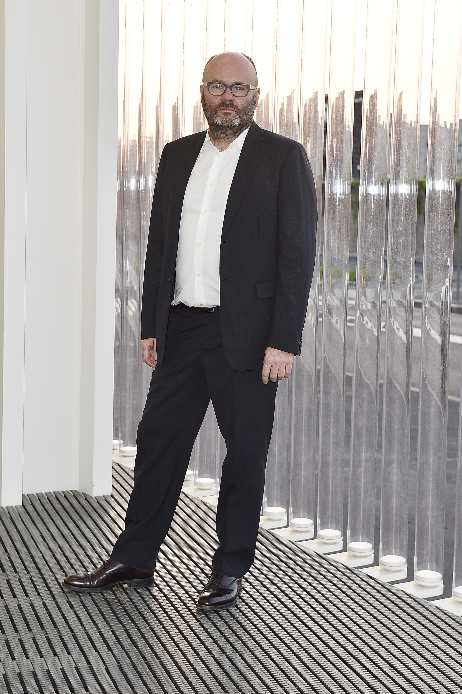 Thomas Demand à l'inauguration de la Torre à la Fondazione Prada le 18 avril 2018 à Milan, Italie. (Photo by Pietro D'Aprano/Getty Images for Fondazione Prada)
