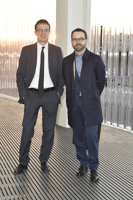 (G-D) Filippo DelCorno et Giuseppe Rabottini à l'inauguration de la Torre à la Fondazione Prada le 18 avril 2018 à Milan, Italie. (Photo by Pietro D'Aprano/Getty Images for Fondazione Prada)