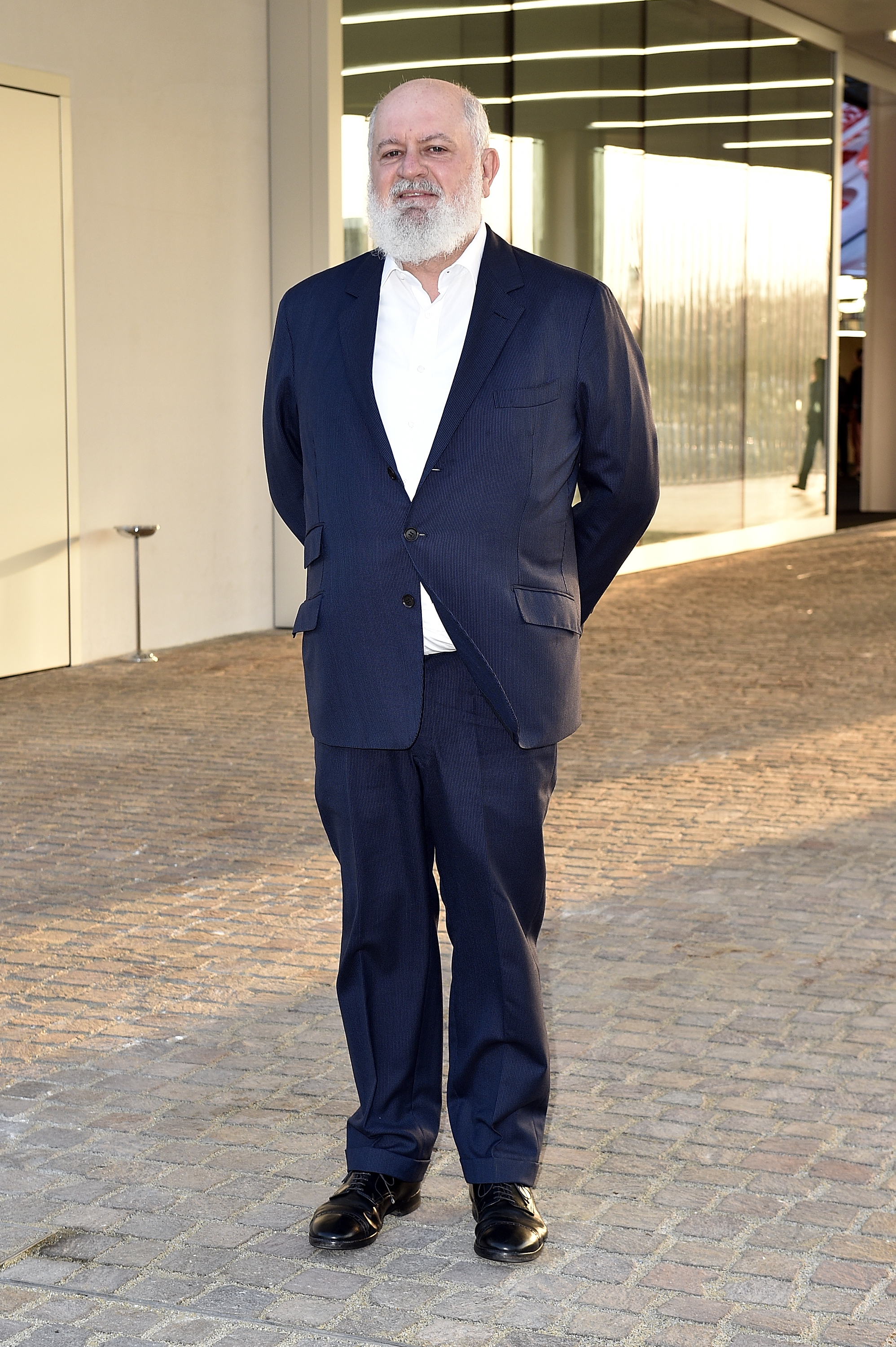 Massimo De Carlo à l'inauguration de la Torre à la Fondazione Prada le 18 avril 2018 à Milan, Italie. (Photo by Pietro D'Aprano/Getty Images for Fondazione Prada)