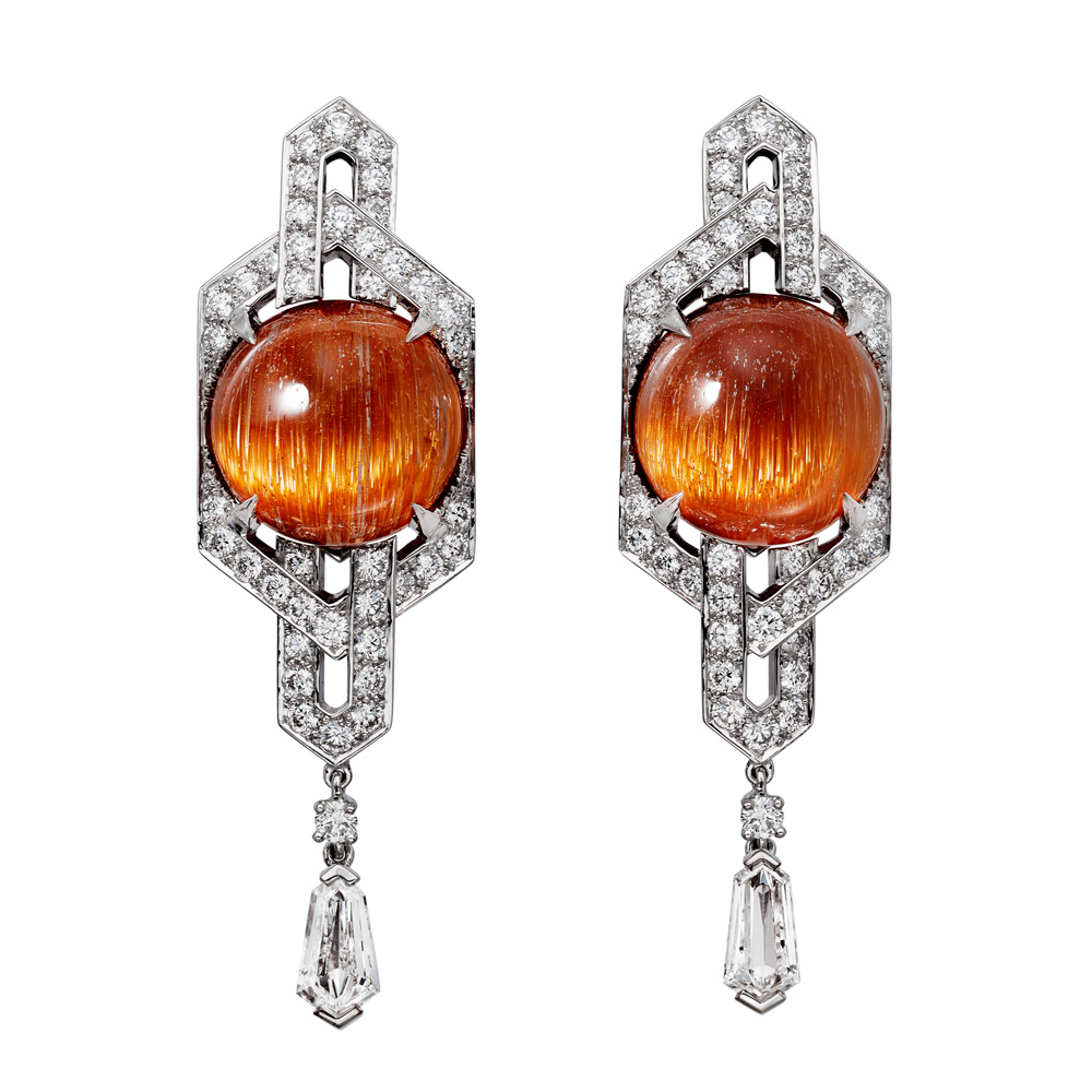 "Collection ""Magnitude"" de Cartier, Boucles d'oreilles Sorelli"