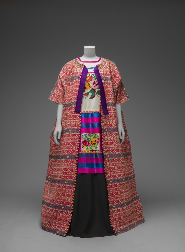 Guatemalan cotton coat worn with Mazatec huipil and plain floor- length skirt Museo Frida Kahlo © Diego Rivera and Frida Kahlo Archives, Banco de México, Fiduciary of the Trust of the Diego Riviera and Frida Kahlo Museums.