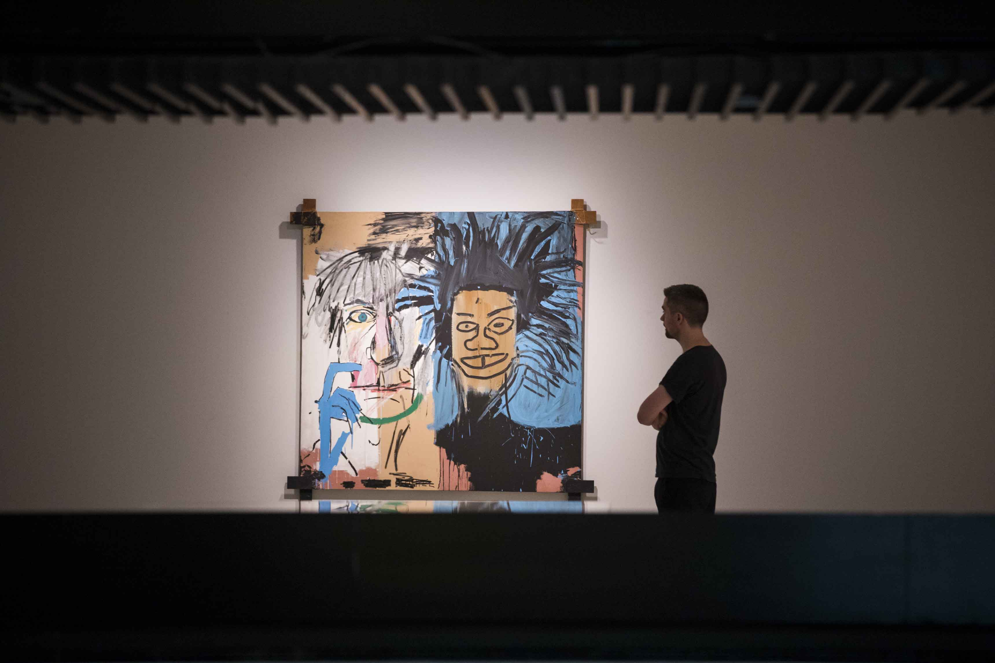 Basquiat: Boom For Real Installation view Barbican Art Gallery 21 September 2017 – 28 January 2018 © Tristan Fewings / Getty Images Artwork: Jean-Michel Basquiat, Dos Cabezas, 1982 Private collection © The Estate of Jean-Michel Basquiat. Licensed by Artestar, New York