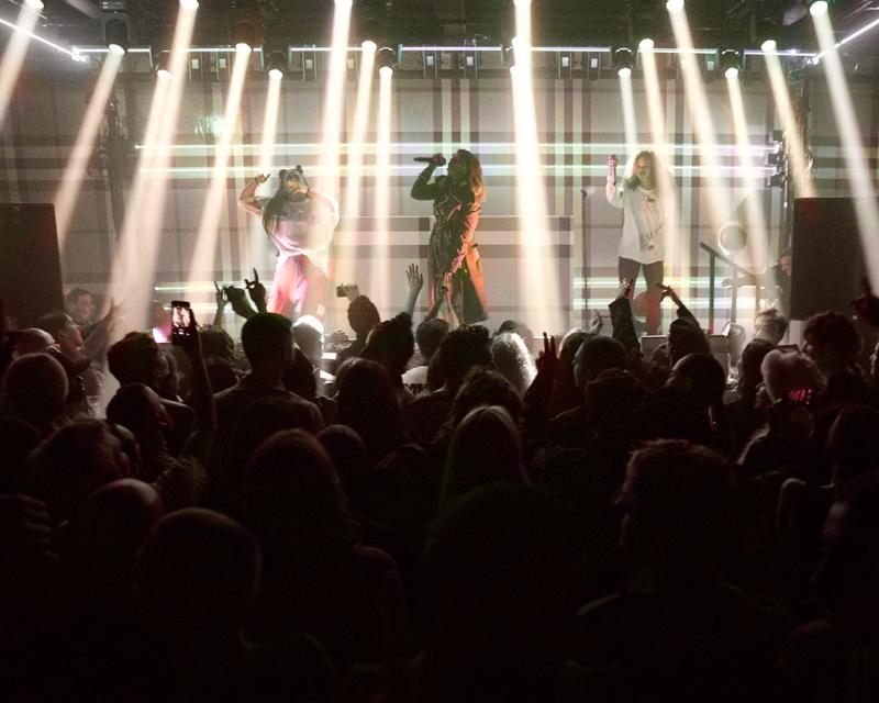 La performance de M.I.A.