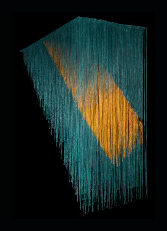 Olga de Amaral, Bruma E, 2013 Coton, gesso et acrylique 190 × 90 cm Galerie La Patinoire Royale / Valerie Bach, Brussels, Belgium Courtesy of Casa Amaral © Diego Amaral