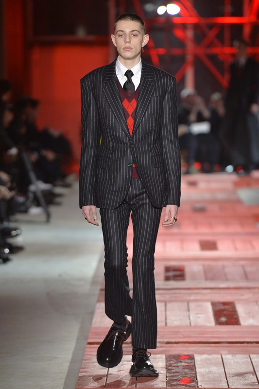 Alexander Mcqueen Men Fall Winter 2018 2019 Fashion Show