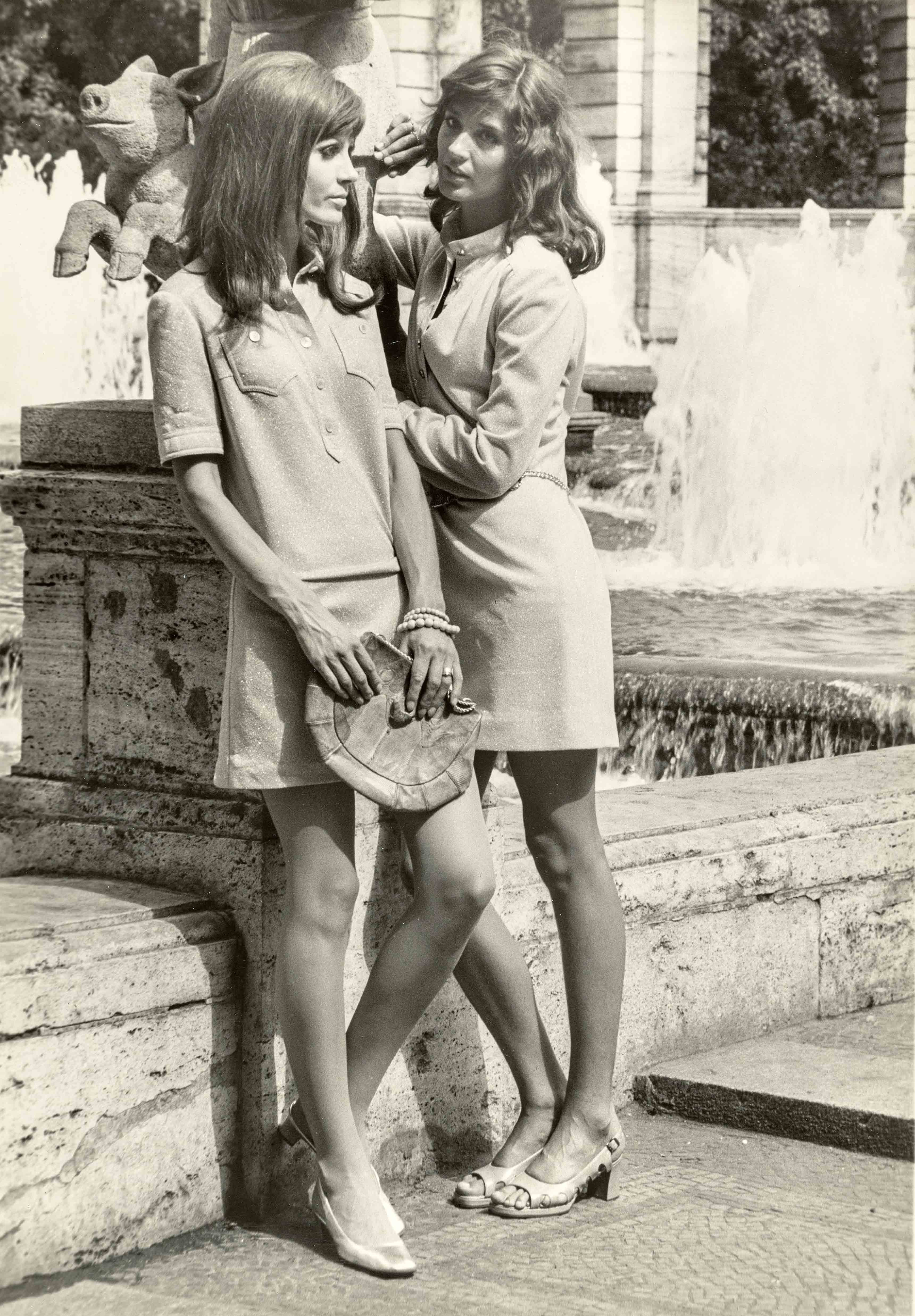 Shirt dresses, synthetic knitwear with lurex effect | vintage print | 15,7 x 11,8 in  | models: German Fashion Institute | 'Sibylle', issue 6, 1970  Galerie Berinson, Berlin
