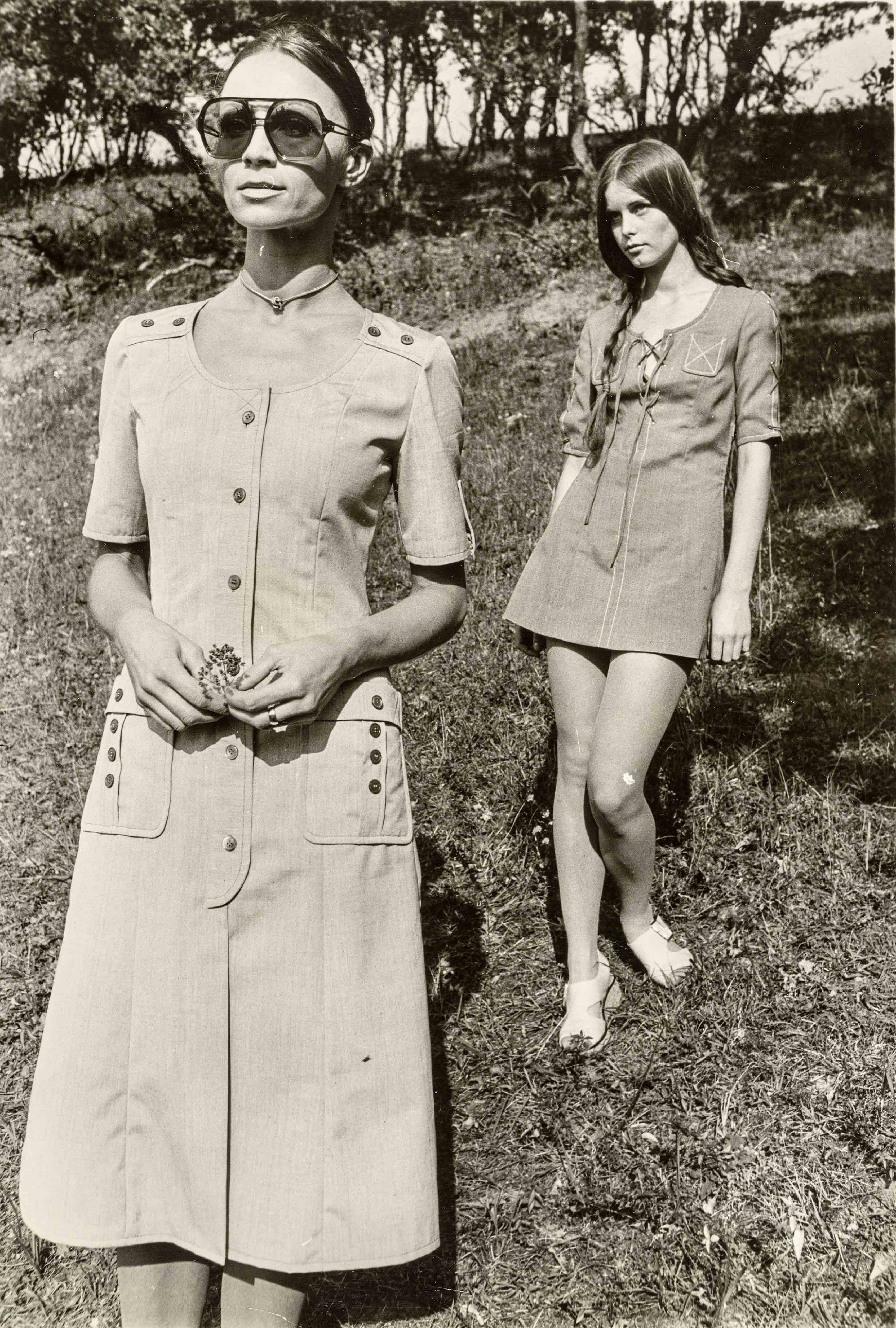 Summer dresses   vintage print   15,7 x 11,8 in   design: Dorothee Brandt, production: PGH 'Eintracht'   'Sibylle', issue 2, 1972 Galerie Berinson, Berlin