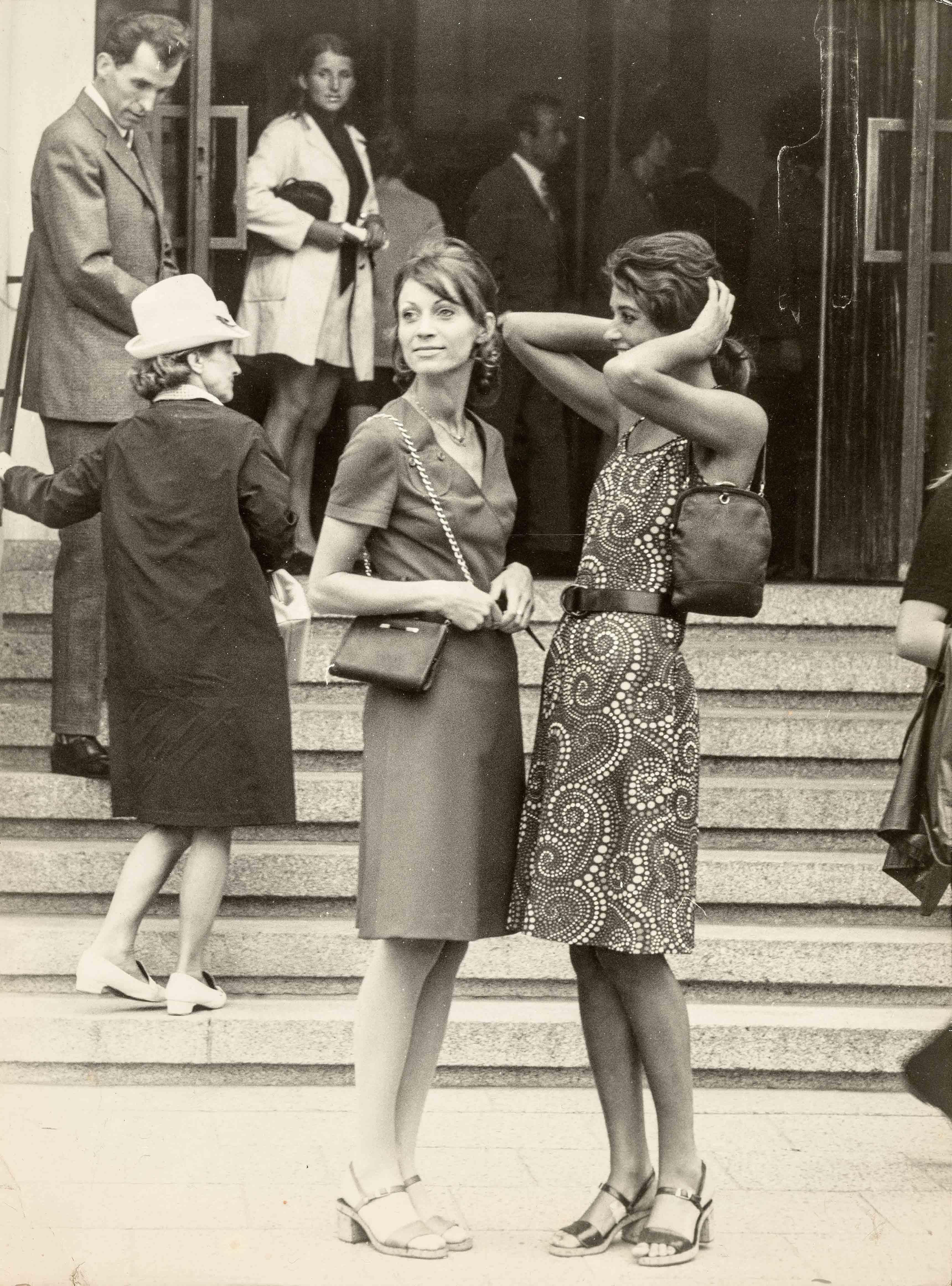 Festive dresses | vintage print | 15,6 x 11,8 in | models: German Fashion Institute | 'Sibylle', issue 6, 1971 Galerie Berinson, Berlin