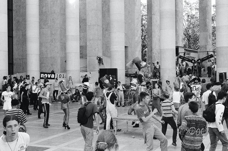 Esplanade du musée d'Art moderne 1994