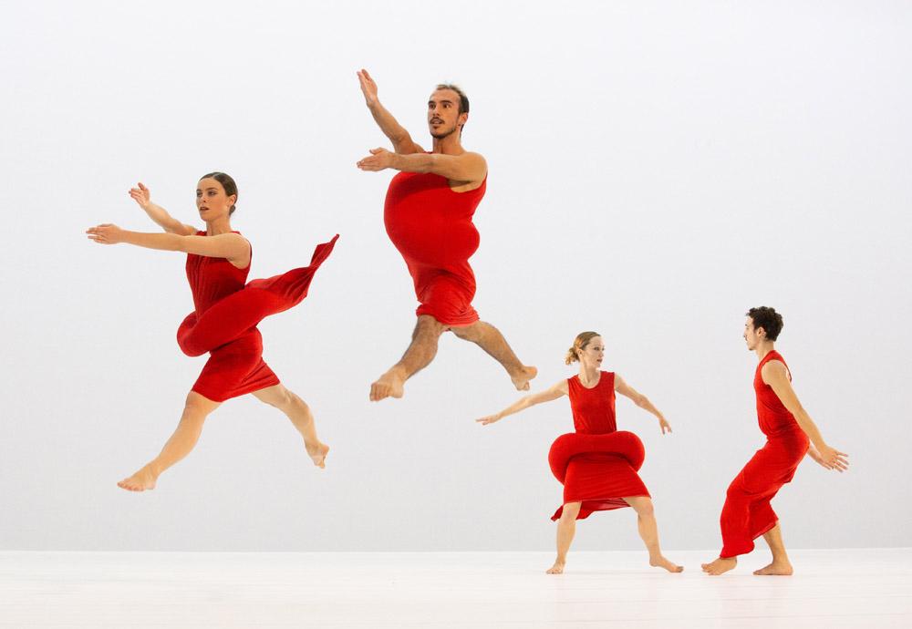 """Scenario"" (2019) de Merce Cunningham par le Ballet de l'Opéra de Lyon © Michel Cavalca"